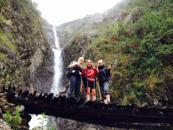Ecuador, Galapagos, Peru & Bolivia. Adventuredk. Travling. Travel. Nature. Culture. Hiking. Waterfall. New Friends