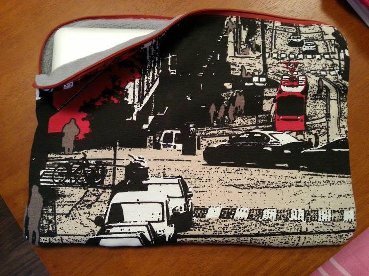 "DIY laptop bag. Cover Vallila ""Kirkonmäki"" fabric and interior soft fleece."
