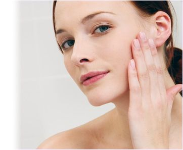 Nutrition for Healthy Skin: Part 1  August 24, 2012 in Aging, Food & Nutrition, Health & Healing, Perfect Health | 42 comments