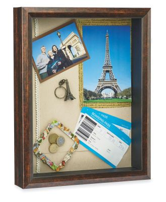 Paris Travel Shadow Box memory picture... I want to do this for all our vacations! What a great way to remember all those fantastic trips!