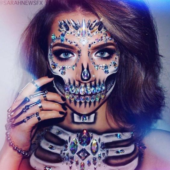 30+ Cool and Glamorous Skeleton Make-up Concepts
