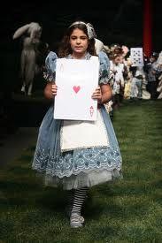 ALICE IN WONDERLAND fashion show - Google Search