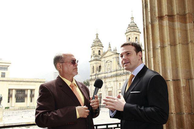 Andres Garcia Zuccardi | Flickr: Intercambio de fotos El Senador Andres Garcia Zuccardi es entrevistado para el Noticiero del Senado