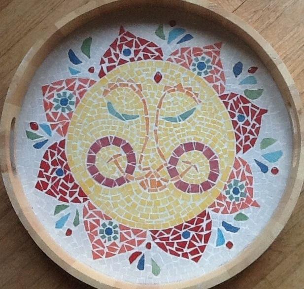 """Plateau mosaiques Emaux de Briare """"le soleil souriant"""" : Mosaiques par magaline-arts"""