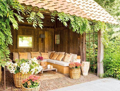 Terrasse pour la sieste.