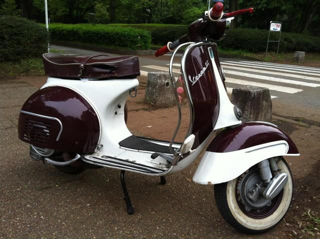 17 best images about vespa 39 s on pinterest motor scooters vespa 150 and go go boots. Black Bedroom Furniture Sets. Home Design Ideas
