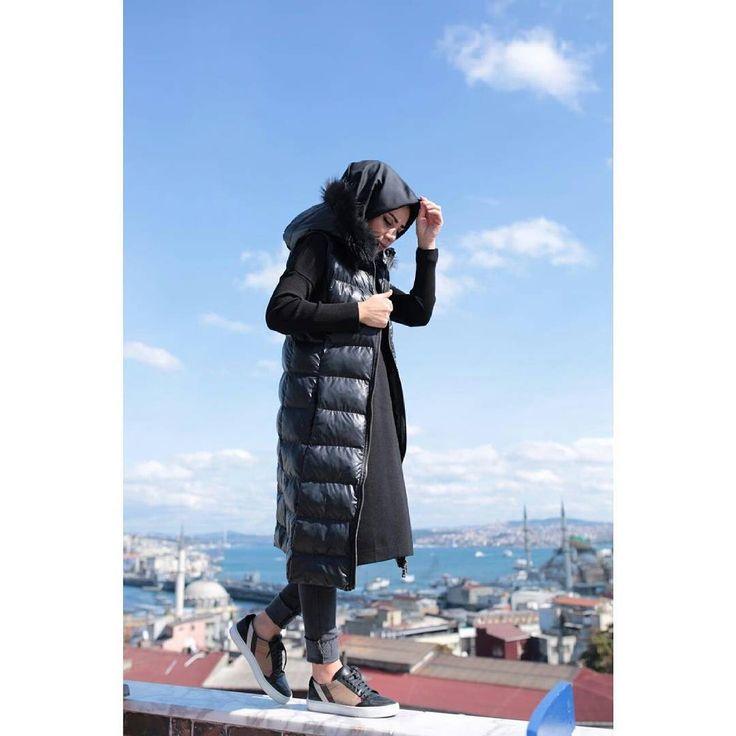 Şişme yeleğim yok diye üzülme. Profilimizdeki linke hemen  tıkla ve incele! Butikgez.com dan da 5003 koduyla aratıp bulabilirsin #garziaitalia #hijab #tesettürgiyim #yelek