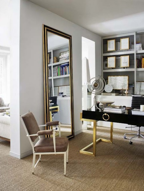 Full height mirror with a spectacular desk too.