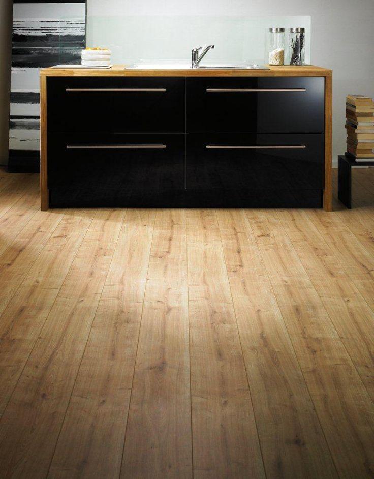 Kronospan Vario 8mm New England Oak Laminate Flooring