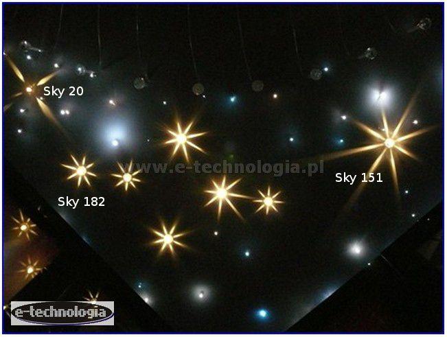 Gwieździste niebo Kryształowe Gwiazdy dzięki szklanym kryształkom Gwieździste niebo umożliwia osiągnięcie niepowtarzalnych efektów świetlnych: smug i gwiezdnych rozbłysków światła . Do każdego zestawu gwieździstego nieba Kryształowe Gwiazdy mogą Państwo samodzielnie wybrać zakończenia kryształowe SKY. Gwieździste niebo Kryształowe Gwiazdy to najprostszy zestaw w instalacji w suficie podwieszanym.