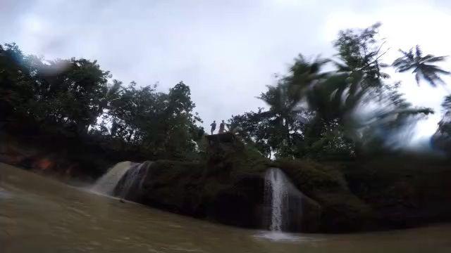Sungai oyo, jumping area 13m