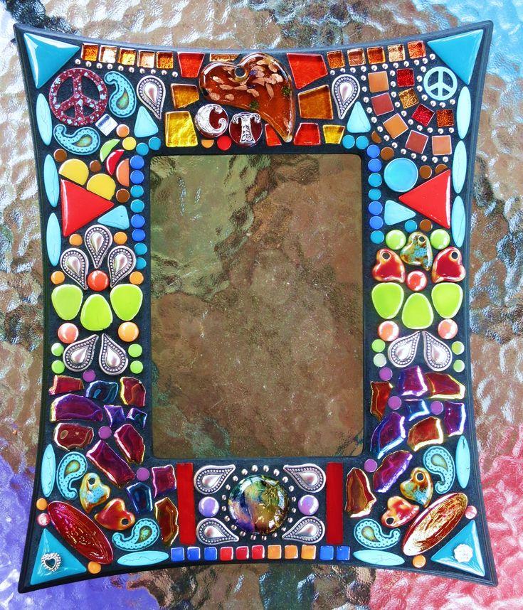 1595 best mosaic frames images on Pinterest | Broken china, Mosaic ...