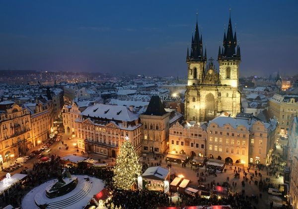 Christmas Traveling: 15 Of the Most Beautiful Christmas Markets in Europe. This is Prague, my favorite...
