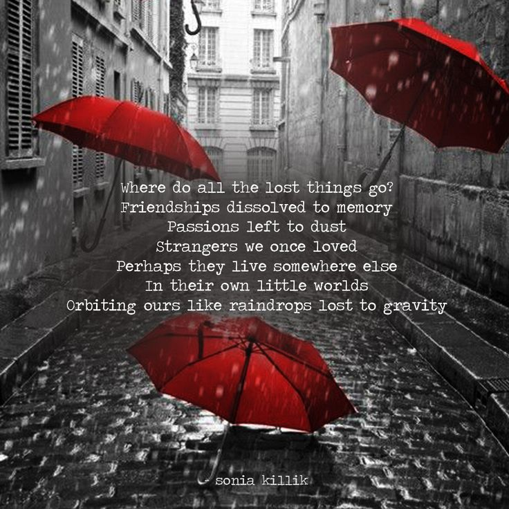 Musing about the past and the things we try to hang onto... even though they are long gone. #wordart #poetry #memories #soniakillik