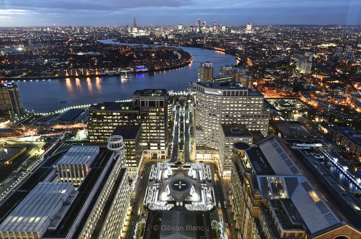 The city of London from Canary Wharf © Gibson