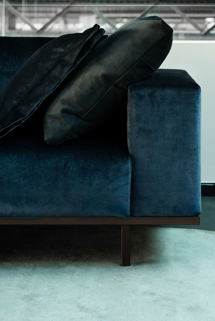 Piet Boon Styling by Karin Meyn | Credits: Arjan Benning... This is my sofa, only in white leather.
