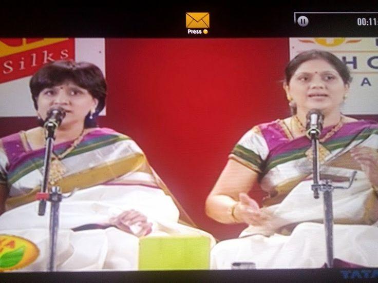 My musings.....!: Priya sisters' vocal concert in Margazhi Utsavam, ...