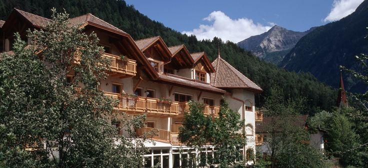 Herzlich Willkommen in Südtirol im schönen Ahrntal Das 4 Sterne Hotel in Sand in Taufers im Ahrntal/Südtirol, Italien.