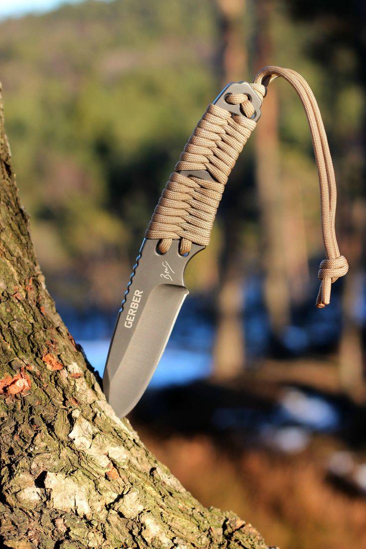 Bear Grylls Paracord Gerber Knife