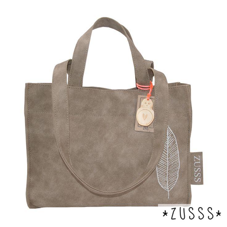Zusssie l Schoudertas nat zand l http://www.zusss.nl/product/zusssie-schoudertas-nat-zand/