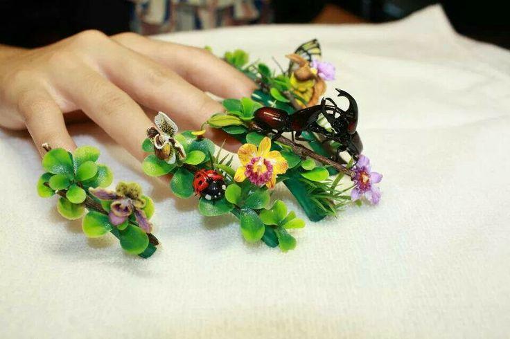 Mejores 85 imágenes de beyond crazy nail art! en Pinterest ...