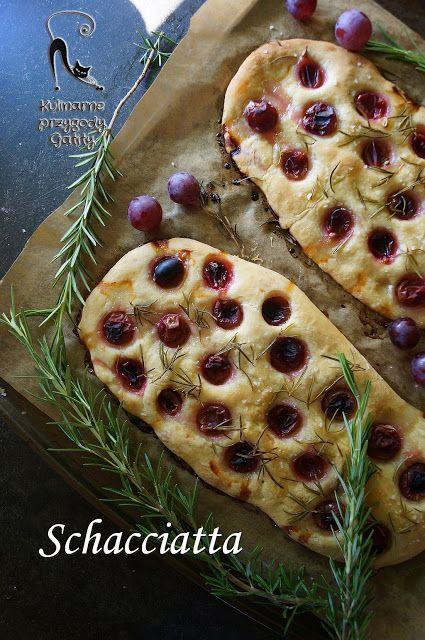 Kulinarne przygody Gatity - przepisy pełne smaku: Schacciatta, czyli focaccia z winogronami