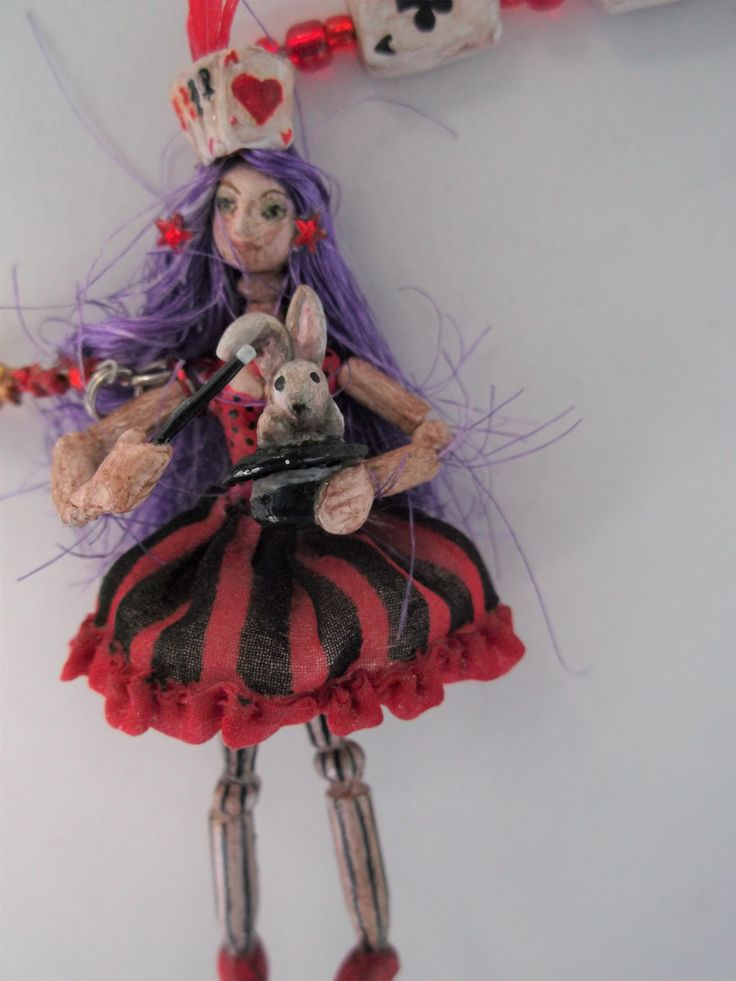 Necklace Art Doll  - Circus – Illusionist Maggie  Collection 1 / 24th