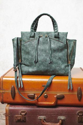 Holloway Vegan Tote | Vegan leather tote bag featuring exposed zipper detailing.