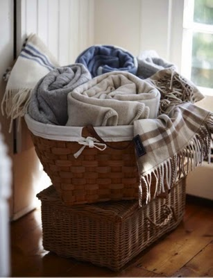 <3  Blankets-cool way to make available
