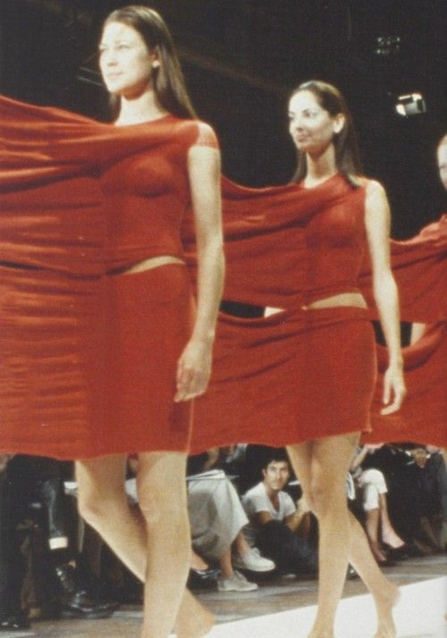 Issey Miyake Spring Summer 1999. For those who wish they had been Siamese twins.