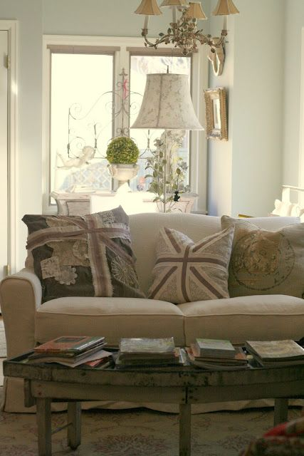 """Custom Slipcovers by Shelley: """"Pillow Talk"""" ebook--Sew Pillows with Piping and a ZIPPER!"""