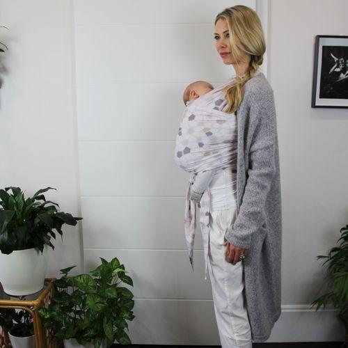 Babein Wing It Babywearing Wrap Babyshower Gift