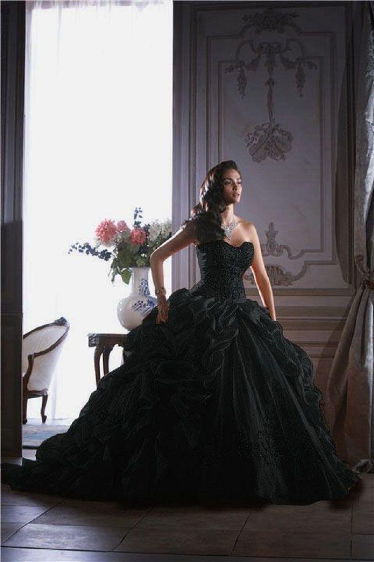 Robe de mariee gothique noire