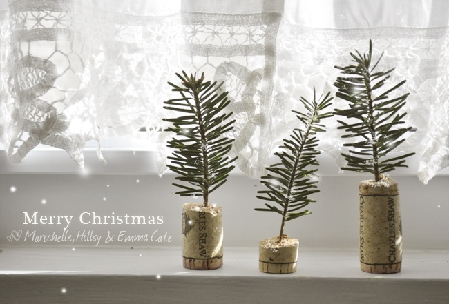 """tiny """"corked"""" trees! : Crafts Ideas, Wine Corks, Christmas Wine, Minis Trees, Corks Christmas, Corks Crafts, Christmas Trees,  Quilling Pens, Corks Trees"""