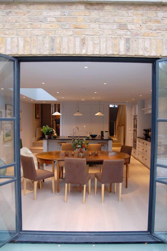 From guild anderson - side return extension bespoke fitted kitchen http://www.guildandersonfurniture.co.uk/
