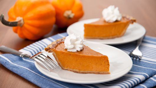 10 recipes for pumpkin pie and pumpkin pie variations that use unrefined sweeteners for a healthier treat. Plus: Tips on making a your own pumpkin puree and homemade pie crusts.