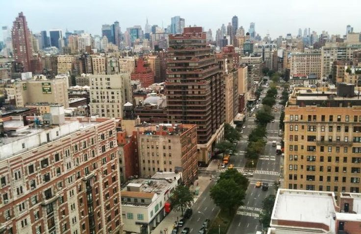 Are you looking for the best real estate agent? CityRaven real estate marketplace features the best New York City real estate brokers to rent or sell a home in New York. raventerranceny@gmail.com
