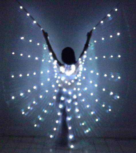 Brillantes luces LED alas LED 130 Reina del por Sparklyisiswings