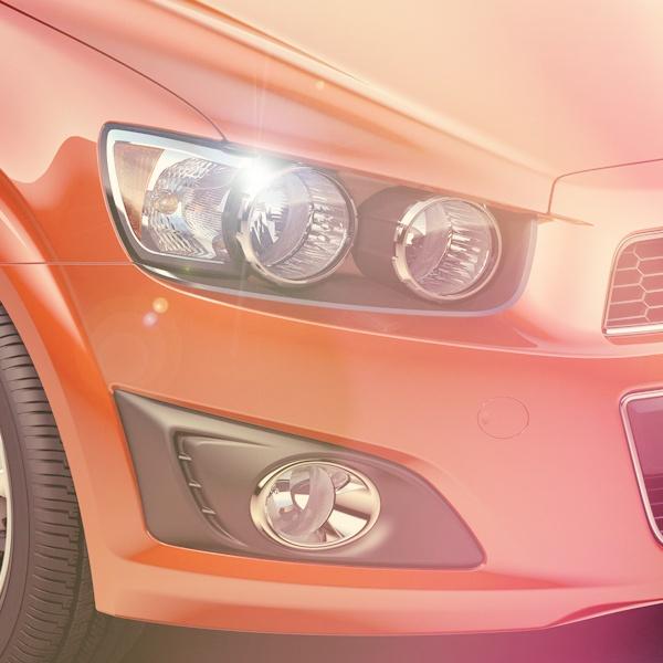 Estilo e innovación en su diseño. ¿Qué tal las farolas? #ChevroletSonicLlego