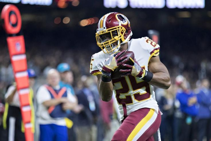 Redskins RB Chris Thompson Out For Season With Fibula, Leg Injury Update - https://www.nextwaveshop.com/redskins-rb-chris-thompson-out-for-season-with-fibula-leg-injury-update/