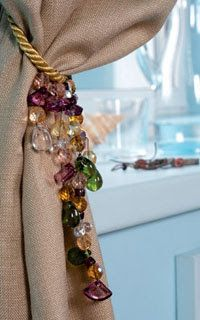 Emy's Gallery: A Beautiful beaded curtain hold-backs