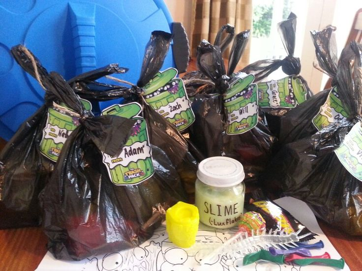 Trash pack party bags