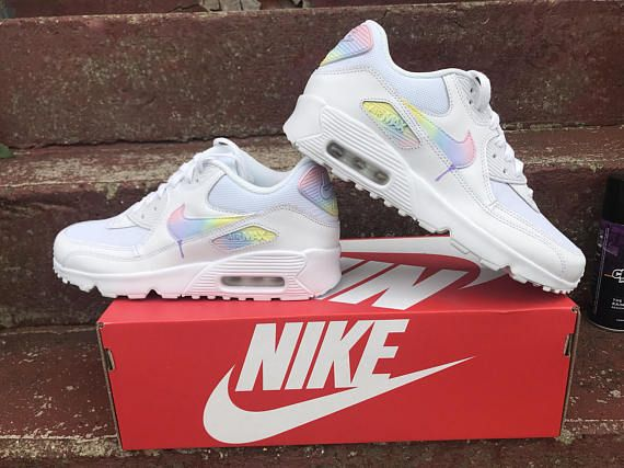 prix le plus bas 6474b d9807 Chaussures Nike Air Max 90 Unicorn | MKSA en 2019 | Nike air ...