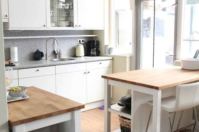 keuken, een kijkje in de keuken van, dani and mom, daniandmom, wonen, woonblogger, wonenblog, lifestyeblog, interieurblog, ikea blog, stenstorp ikea, monstera plant, white living, light living, lichte keuken, witte keuken, keuken aanpassen, budget keuken verbouwen, het huisje van, het huis van