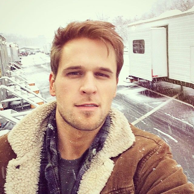 Blizzarding. Watch the new series YOUNGER coming to TV Land March 31 10/9C! From the creator of Sex and The City, 'Younger' stars Sutton Foster, Hilary Duff, Debi Mazar, Miriam Shor and Nico Tortorella. Catch a sneak peek at www.youngertv.com.