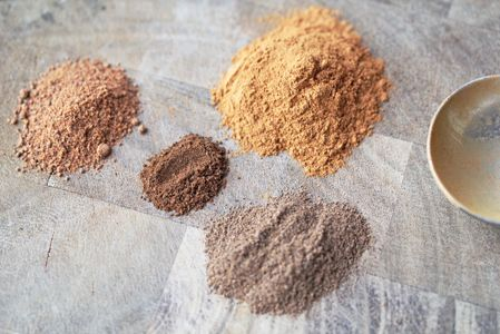 HOMEMADE APPLE PIE SPICE ● 1 T ground cinnamon; ● 1 tsp ground nutmeg; ● 1 tsp allspice; ● 1/2 tsp ground cloves; ● Dash of cardamom (optional). Place all ingredients in small, sealable container and mix together. Use as directed in recipes that call for apple pie spice.  Store in a dry place, up to 6 months.  http://www.5dollardinners.com/homemade-apple-pie-spice/