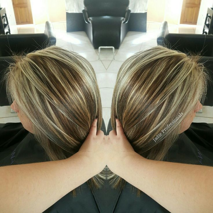 Love this chunky blonde and brown hair. Added some slices of brown and blonde all throughout ♡