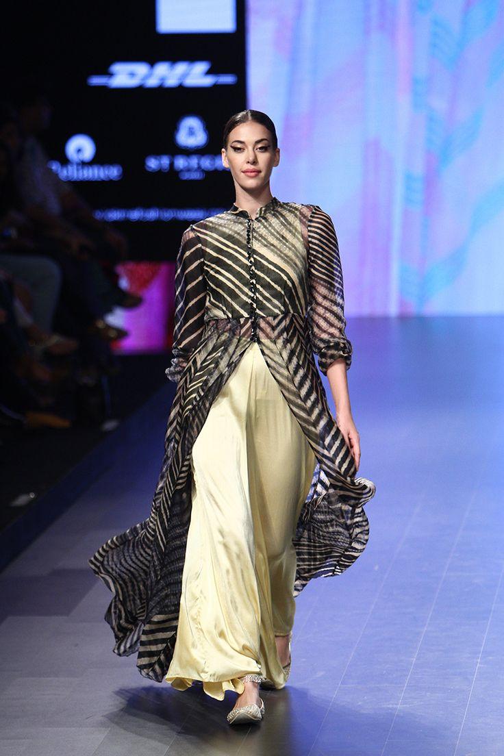 Lakme Fashion Week Summer Resort 2016 | Walking Hand in Hand #LFWSR2016 #PM
