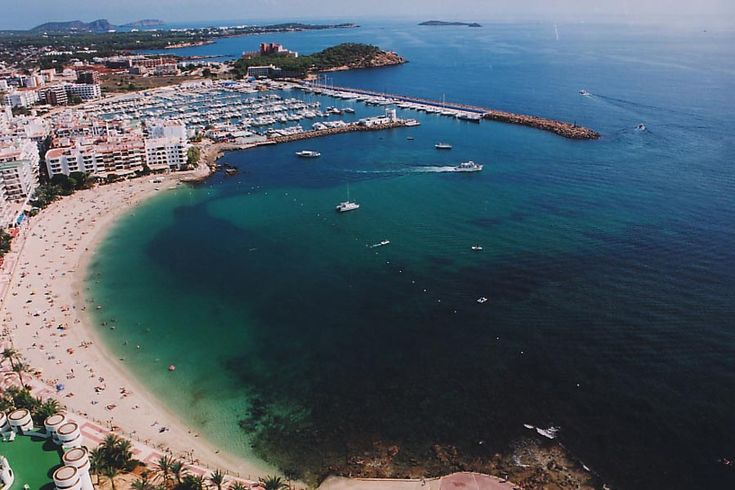Santa Eulalia #Ibiza Rustige #Vakantie op #Ibiza? Kies voor Santa Eulalia! http://nuvakantie.com/ibiza/santa-eulalia/