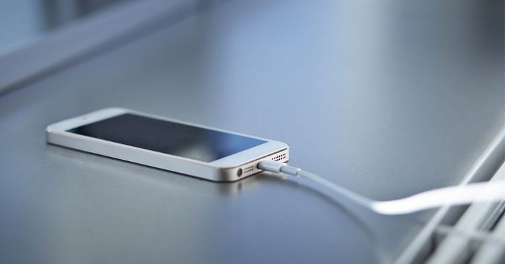 Θα ξεχνάτε να φορτίζετε τα κινητά σας τηλέφωνα #ΤΕΧΝΟΛΟΓΙΑ